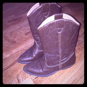 Girls cowboy boots from Nordstrom size 12